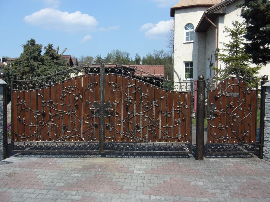 Brama wjazdowa, kuta furtka, ogrodzenie metalowe Bytom - image 1