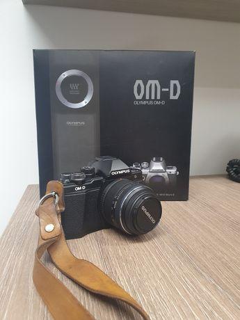 Olympus om-d e-m10 mark ii + 14-42mm Uszkodzony ekran