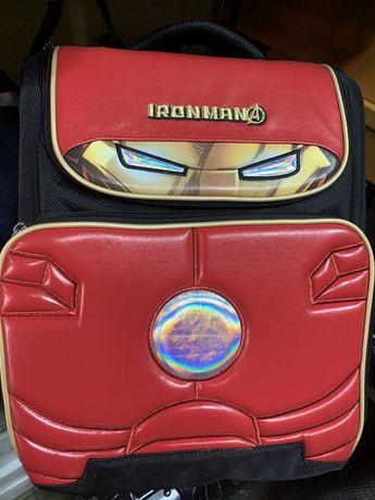 Продам шкільний ранець школьный рюкзак IRONMAN MARVEL железный человек