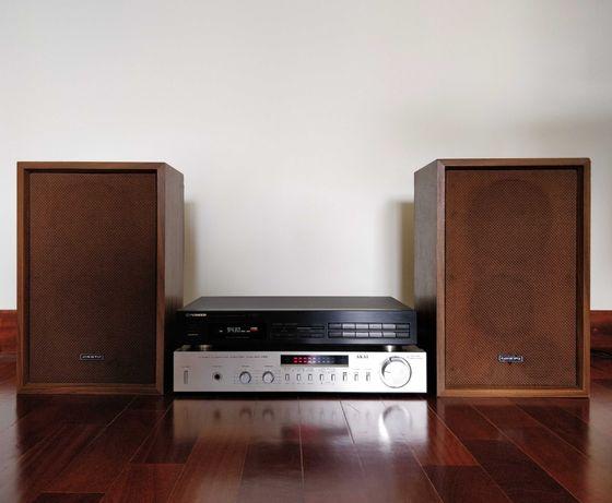 Conjunto Amplificador AKAI, Sintonizador Pioneer, Colunas Onkyo