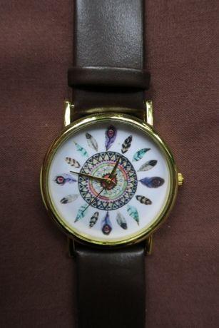 Часы красивые женские