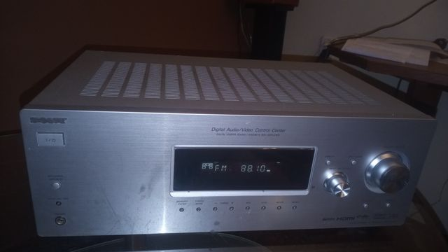 Amplituner sony str-dg510