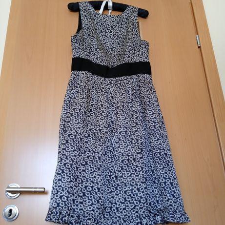Sukienka na wiele okazji firmy Simple