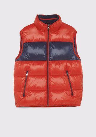 Красная дутая жилетка Zara. Оригинал!