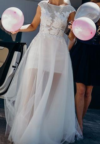 Suknia ślubna- VIOLA PIEKUT- lekka, zwiewna, wyjątkowa