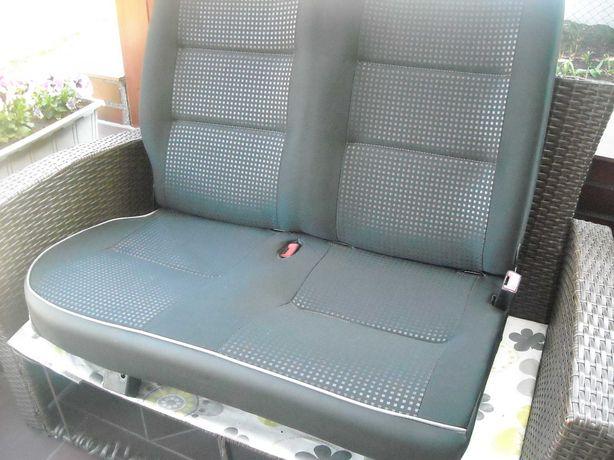 Tylna kanapa samochodu Peugot Partner
