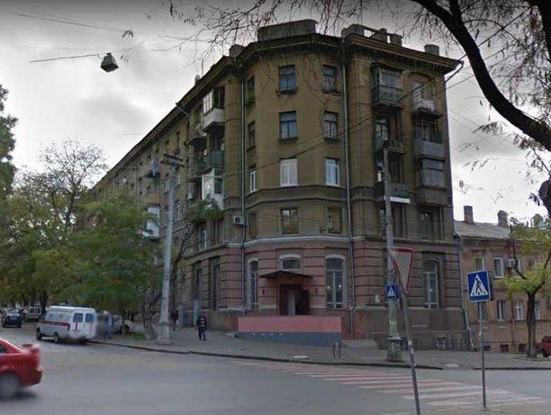 F Сталинка в центре города 49900 у.е.
