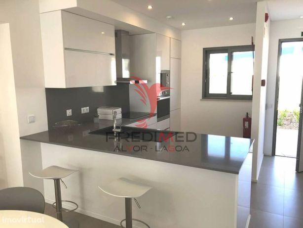 Apartamento T2 em Silves acabamentos de Luxo com piscina comum