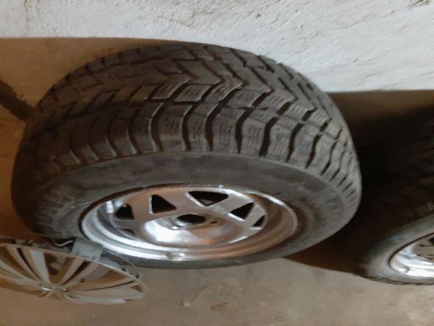 Продам комплект зимових коліс з дисками