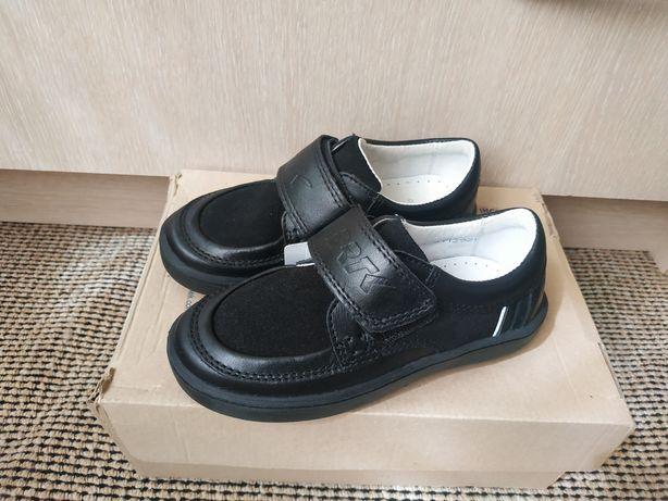 Новые bartek 28р кроссовки туфли мокасины
