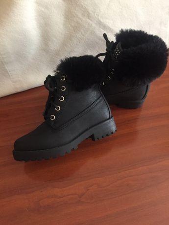 Ботинки на девочку зимние 28 размер Esprit