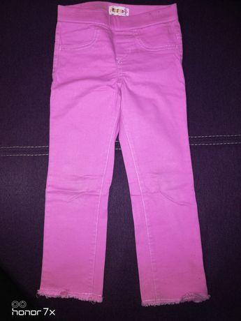 Spodnie dla dziewczynki r. 98/104
