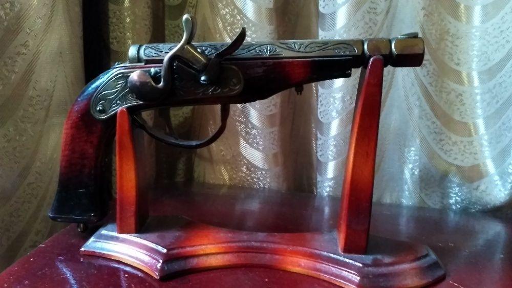 сувенир.(подарок)Пистоль Енакиево - изображение 1