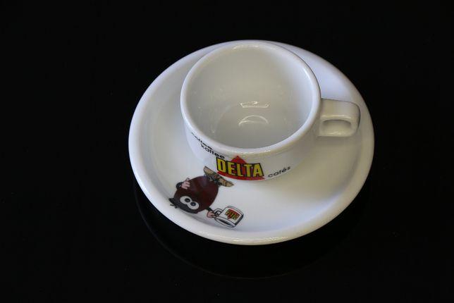 Chávena de Café clássica Delta com prato / pires