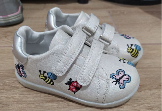 Кроссовки туфли мокасины 25 р