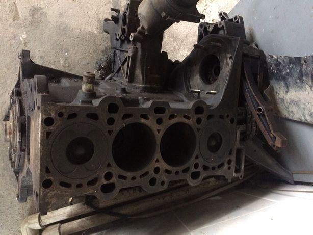 Блок BMW 320d m47