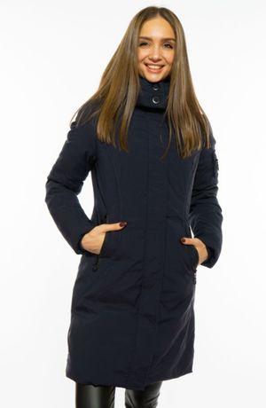 Стильная женская куртка удлиненная со съемным капюшоном