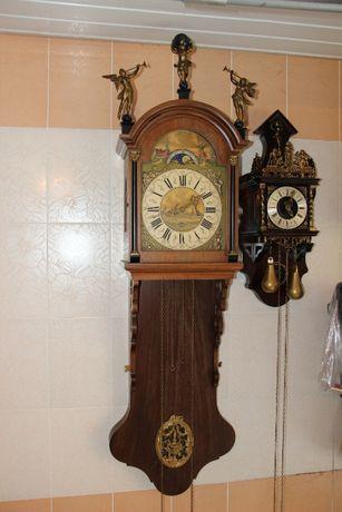 Часы настенные Антикварные