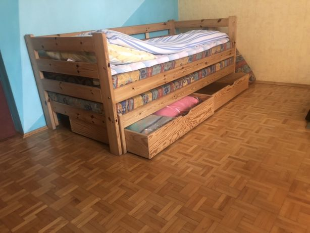 Łóżko sosnowe jak nowe !