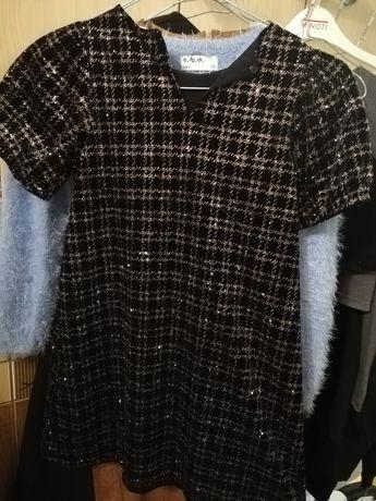 Sukienka  ZARA r.122 cekiny błyszcząca czarna