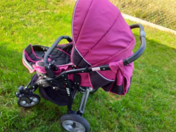 Wózek dziecięcy po jednym dziecku