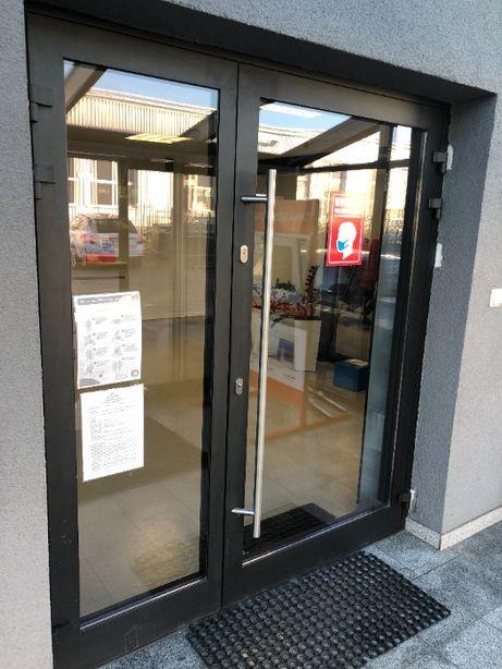 Drzwi aluminiowe, drzwi przeszklone, drzwi sklepowe, drzwi do pawilonu