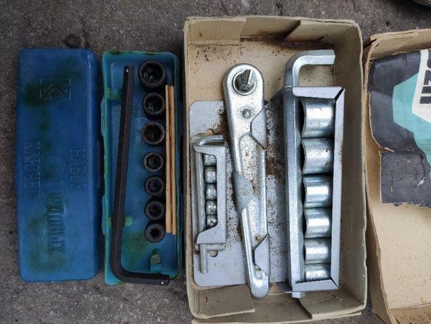 Набор ключи гаечные со сменными головками СССР