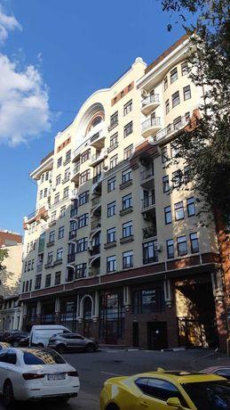 С великолепным видом 3 к кв 159 кв м Центр Нагорный Чернышевская 50