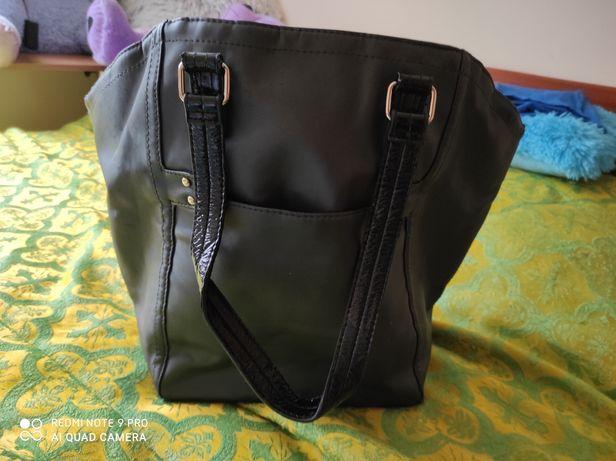 Sprzedam torebkę Victoria Secret