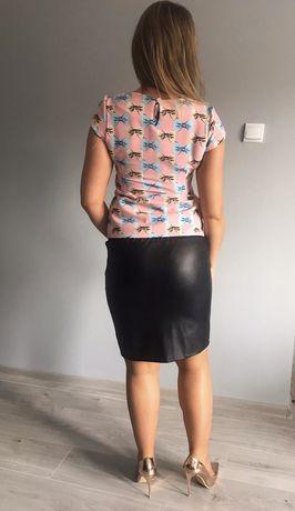 Koszulka kobieca cukierkowy róż prosta S/m kokardki kolorowe hit lata