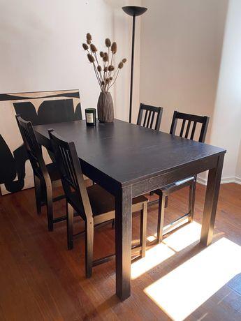 Mesa IKEA madeira extensivel  com 4 cadeiras