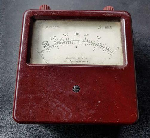 Ładny zabytkowy voltomierz  omomierz z lat 50, 60