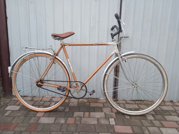 Продам велосипед на 28 колесах