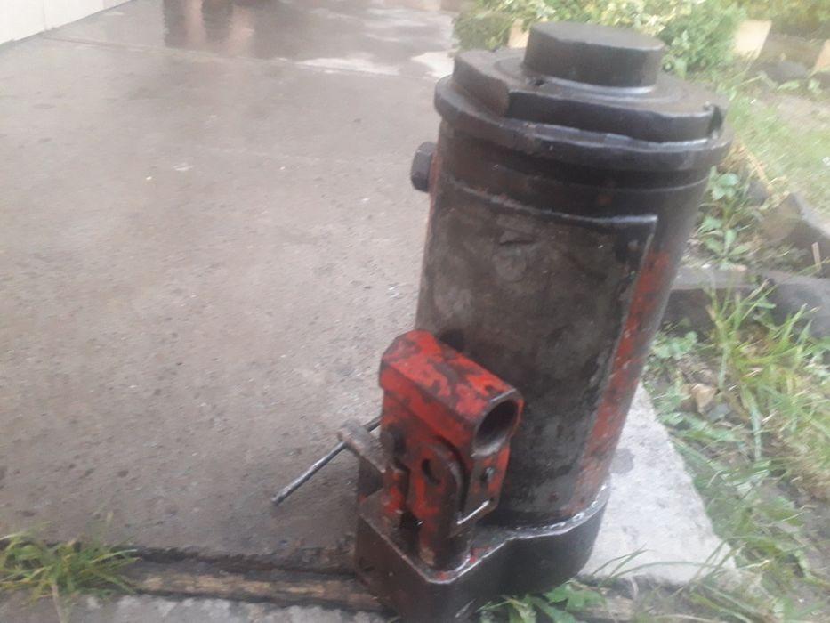 Донкрат 15т Мукачево - изображение 1