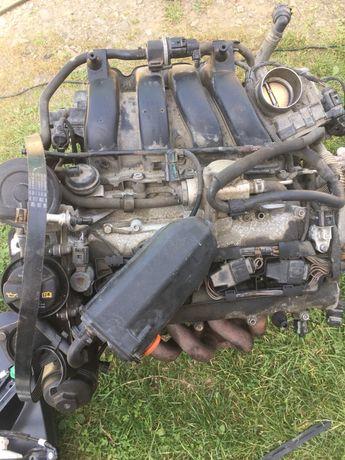 Двигун 1.6 FSI Golf5Jetta5 Turan