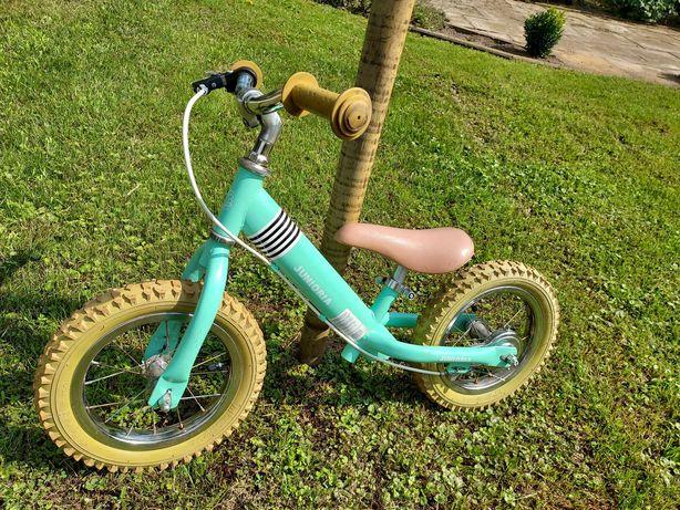 Rower biegowy, pompowane koła