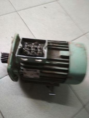 Електро двигун.