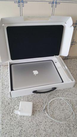 Carregador de Macbook