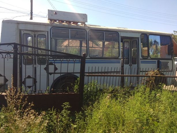 Разборка автобуса Паз:мост,балка,рессоры,стекло,двери,