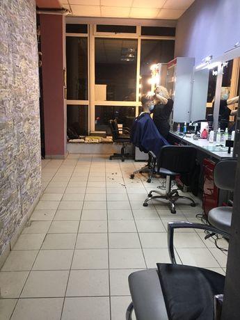 Оренда робочого місця перукаря