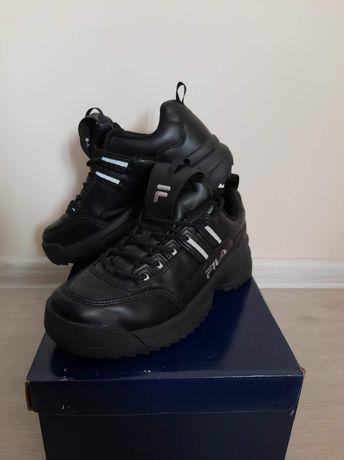 Czarne sneakersy Fila roz. 40