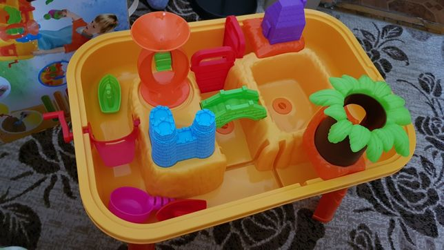 Столик-песочница детский со стульчиком и крышкой (есть коробка)