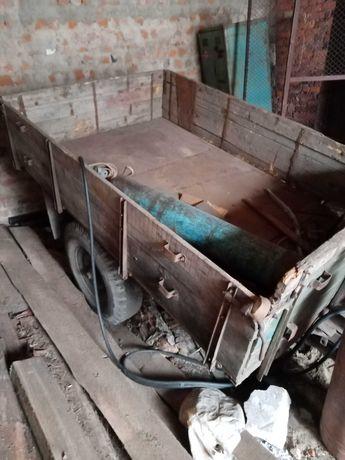 Продам тракторний одноосный бортовой прицеп