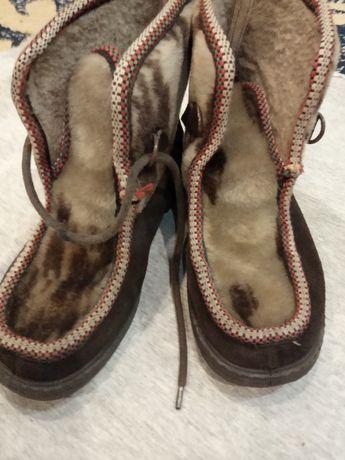 замшеві осінньо-зимові черевики р. 32