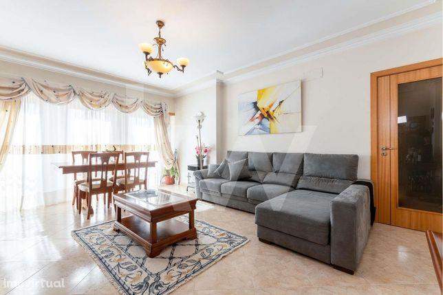 Apartamento T2, Camarate (Loures)