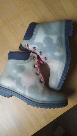 Резиновые ботинки 32