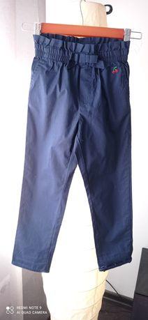 Spodnie płócienne. H&M