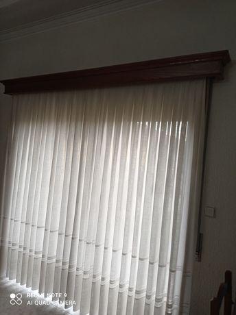 Vendo cortinas e sanefas