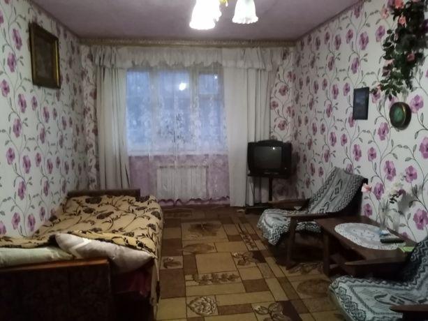 Продам квартиру 1-й этаж 2-х комнатная. ул.Ленина 33. Центр