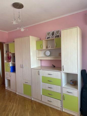 Комфортна дитяча кімната